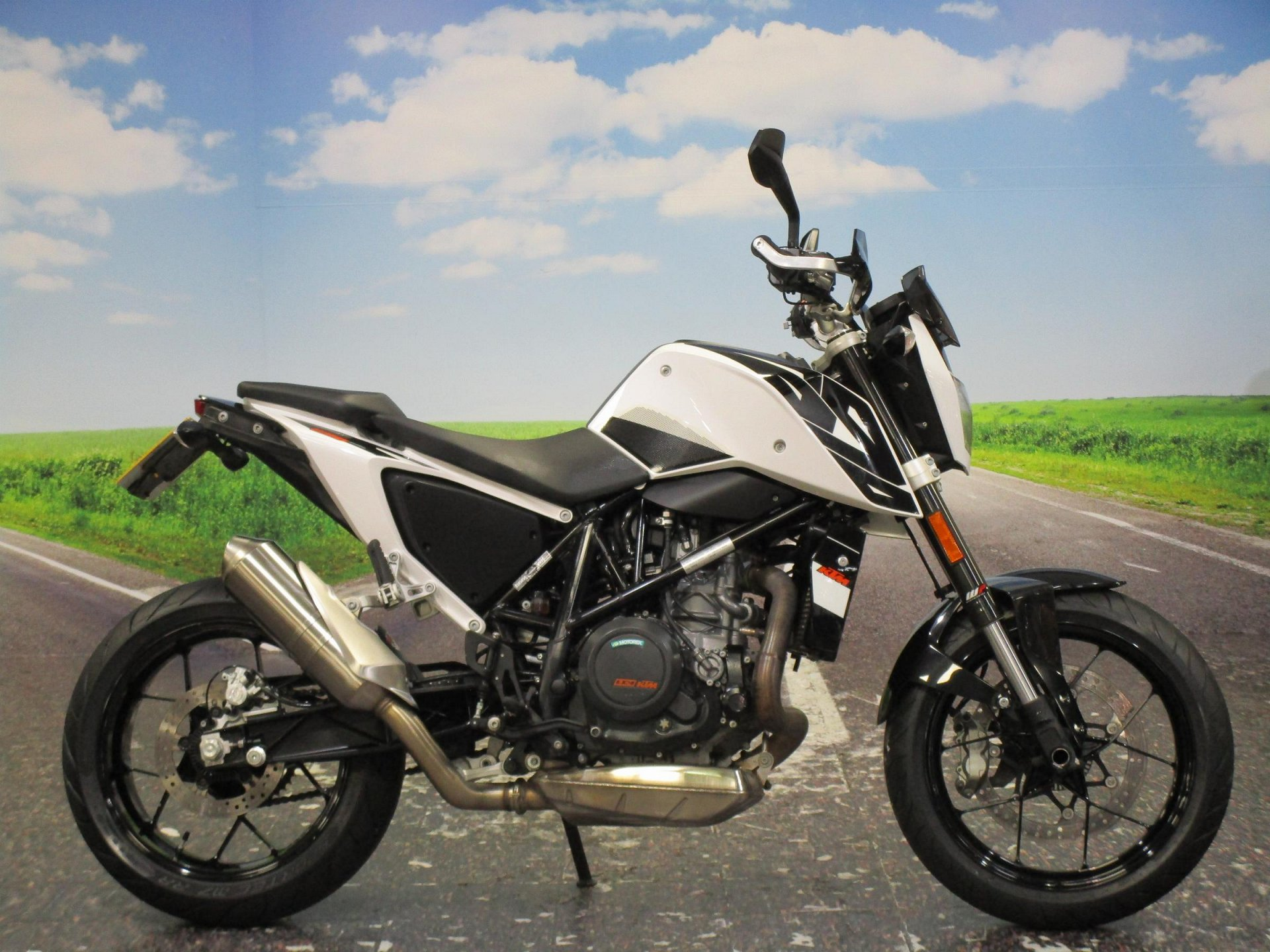 2016 KTM 690 Duke 16 for sale in Derbyshire