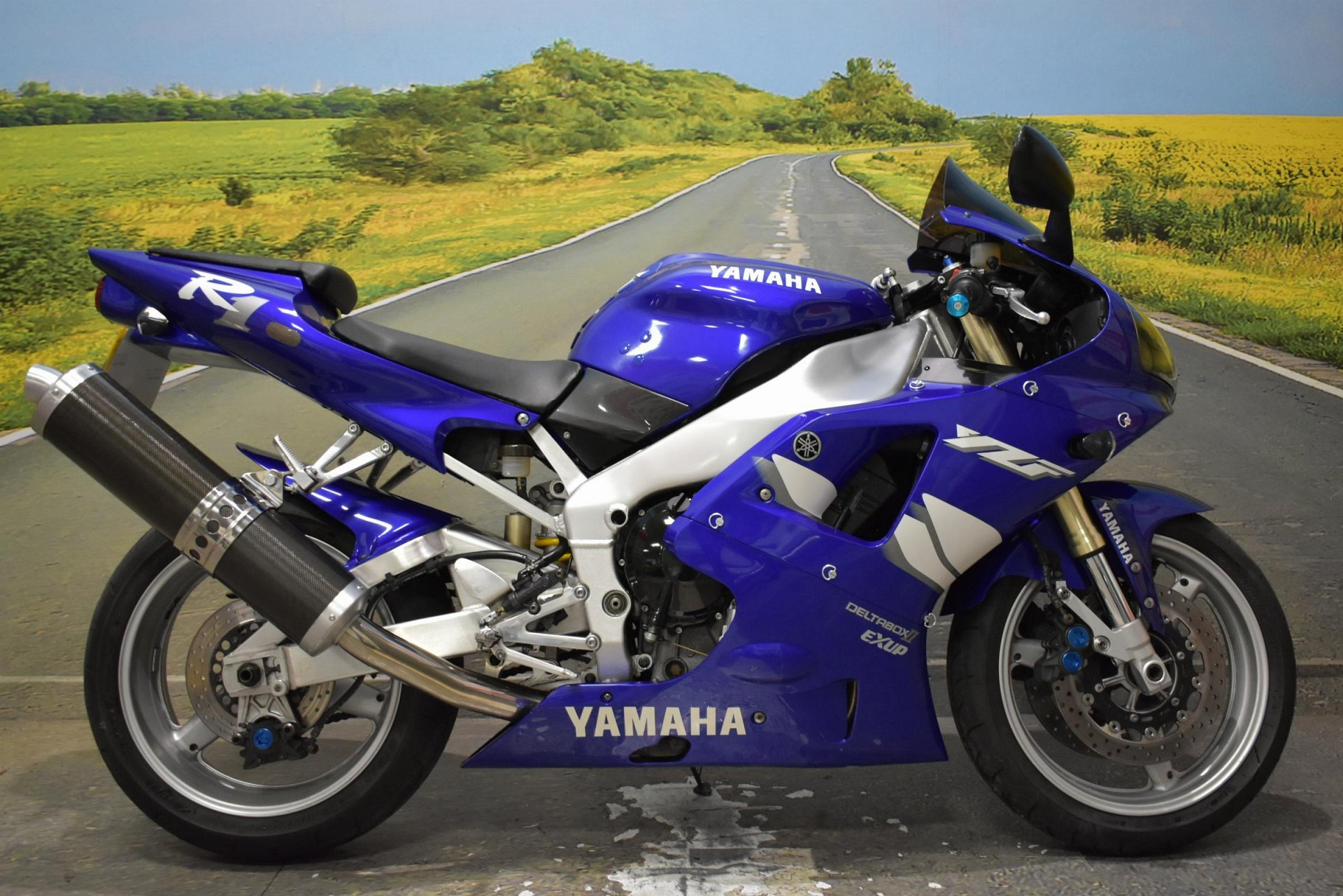 1999 Yamaha YZF-R1 for sale in Derbyshire