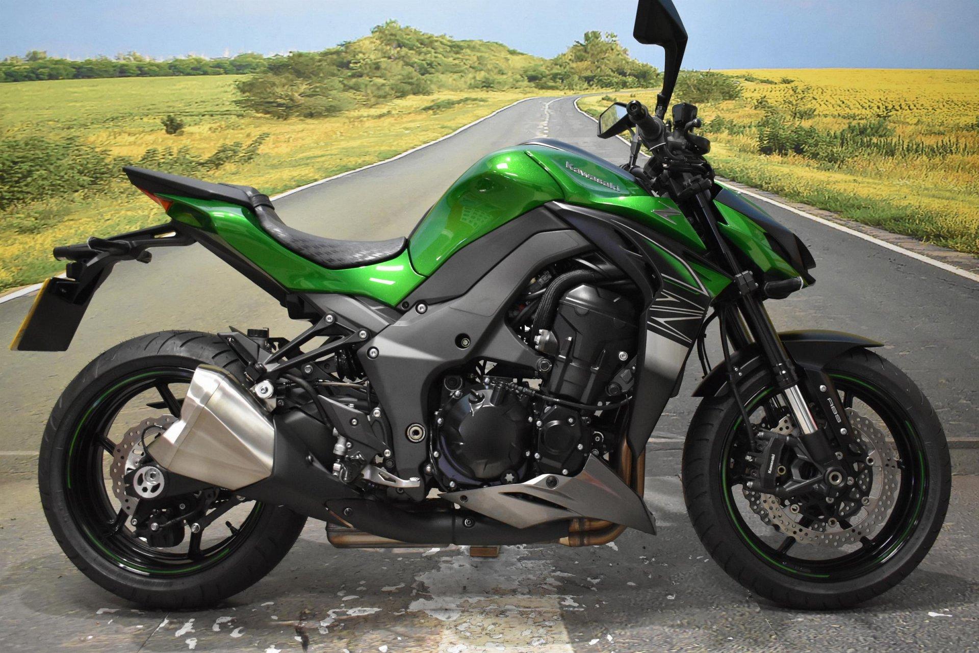 2018 Kawasaki Z1000R for sale in Derbyshire