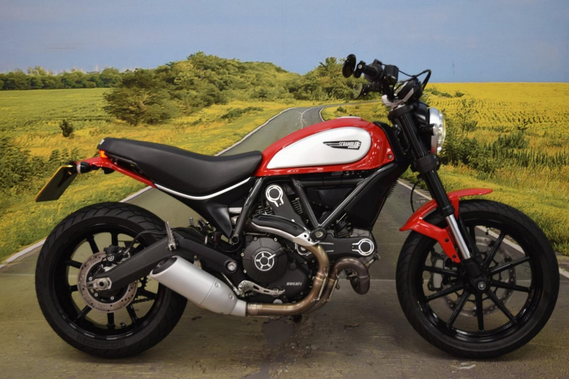 2015 Ducati Scrambler Icon for sale in Staffordshire