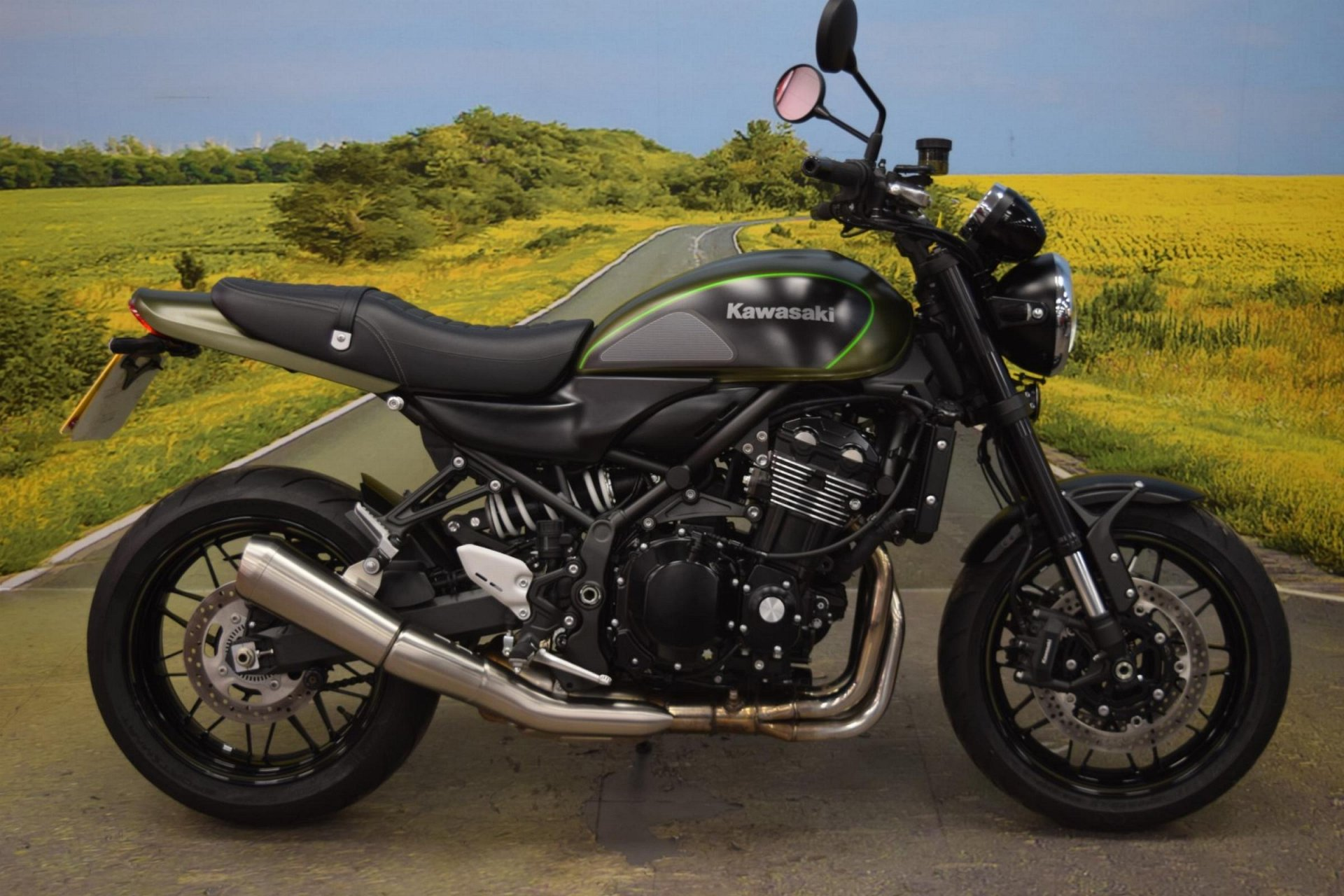 2018 Kawasaki Z900 RS for sale in Staffordshire