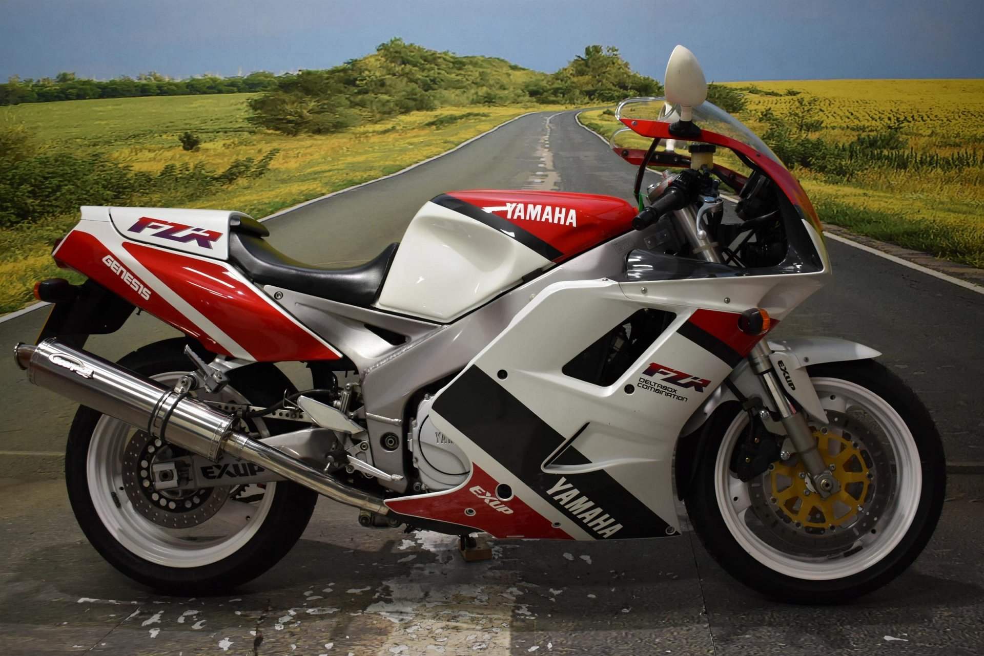 1992 Yamaha FZR 1000R for sale in Derbyshire