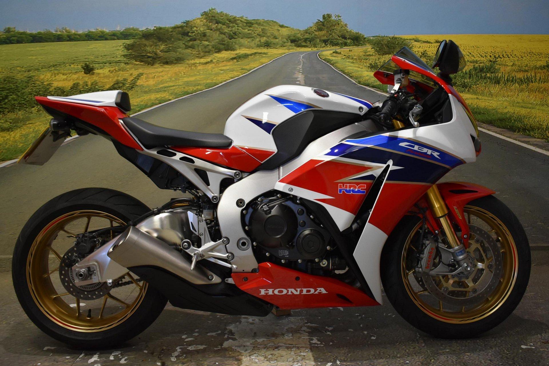 2016 Honda CBR1000RR SP  Fireblabe for sale in Derbyshire