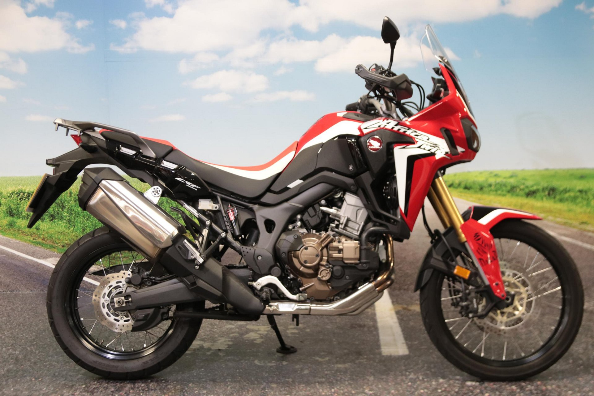 2017 Honda CRF 1000 D-H for sale in South Wales
