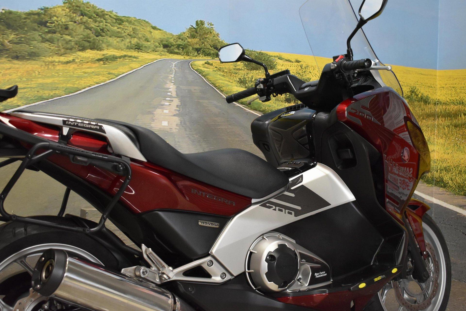 2013 63 HONDA NC700 XA-C (ABS) Motorcycle