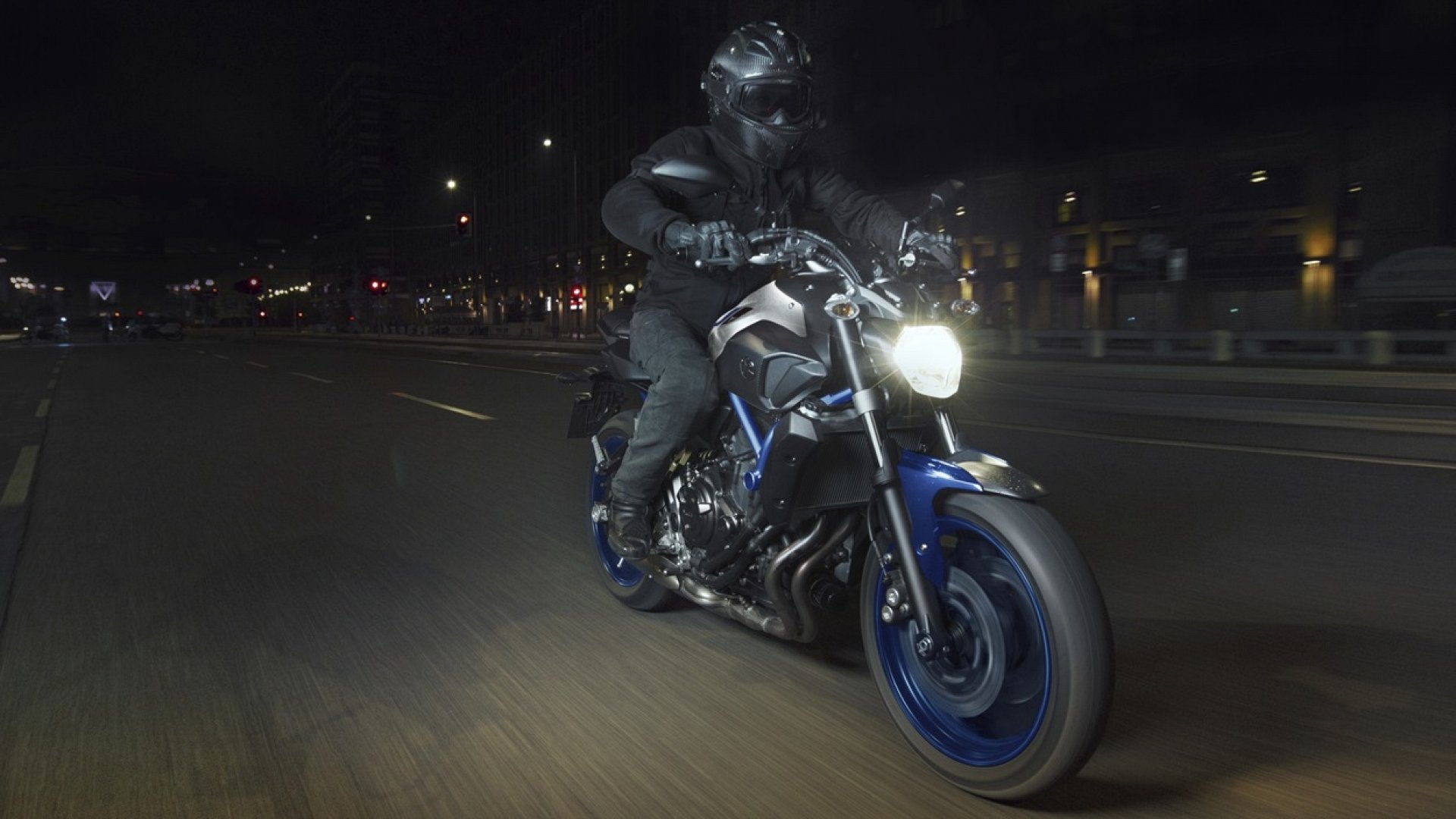 New 2016 Yamaha MT-07 / ABS for sale. Finance available and part ...: www.cmcbikes.com/new-yamaha-motorcycles/2016-yamaha-mt-07-abs
